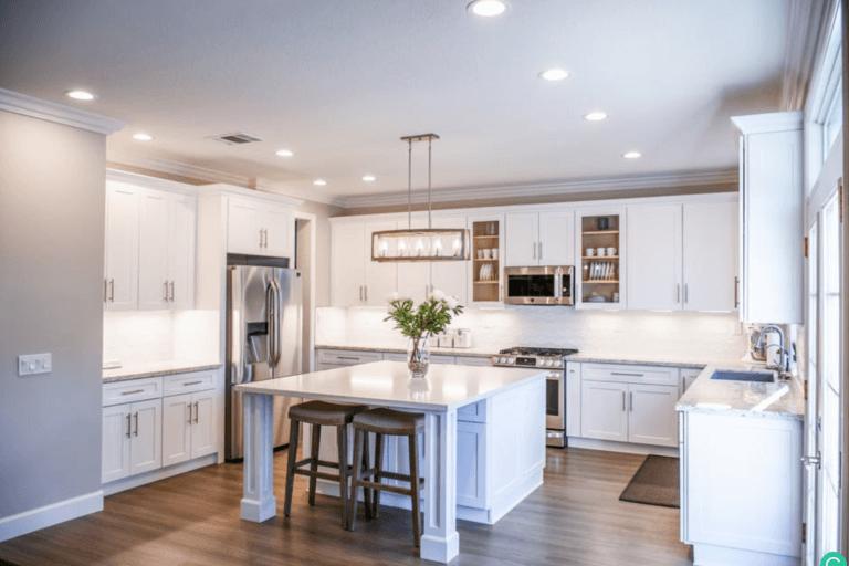Kitchen major appliances