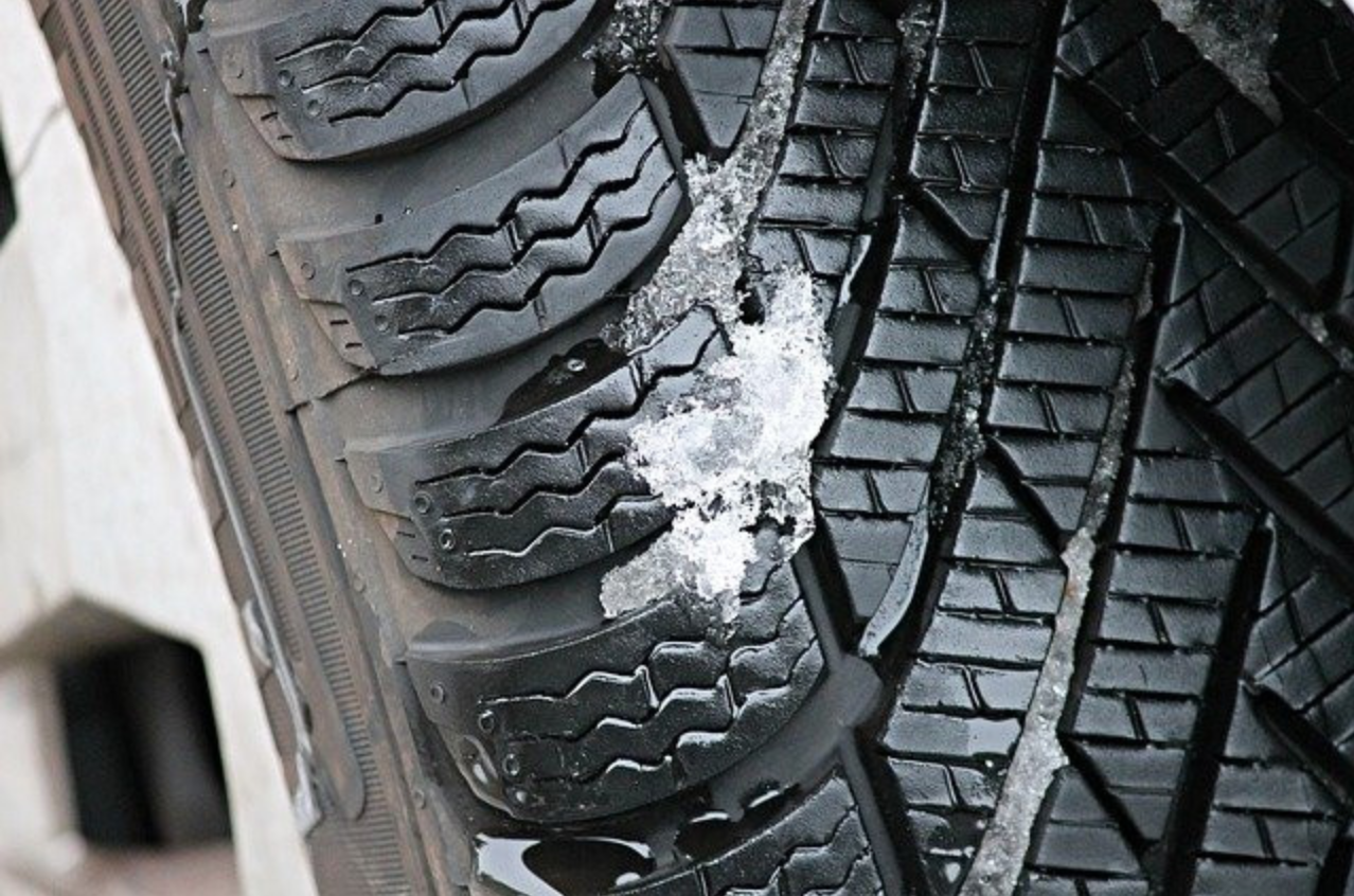 How Much Do Snow Tires Really Help? - Snow Tire