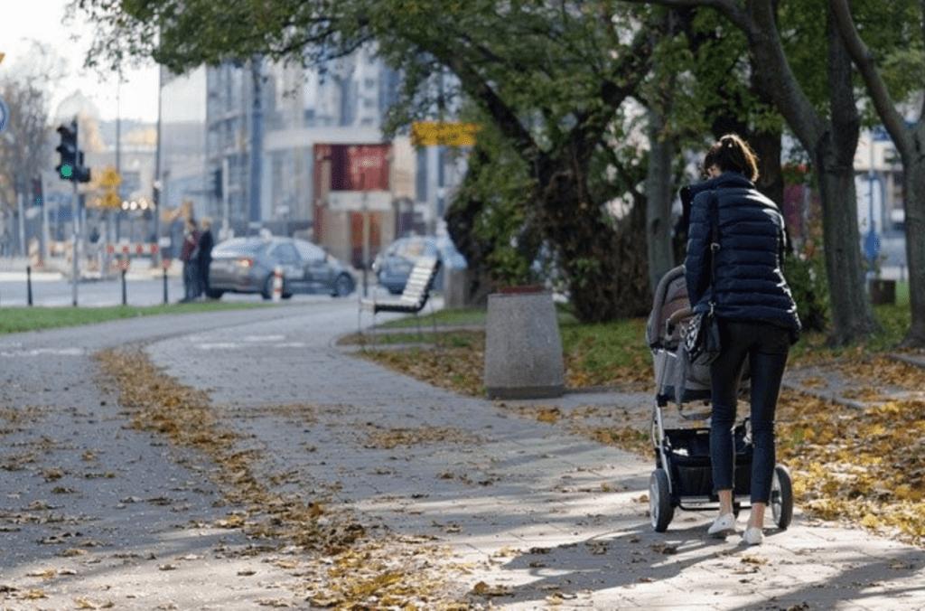 Why Do Some Neighborhoods Have No Sidewalks? - Neighborhood with sidewalk
