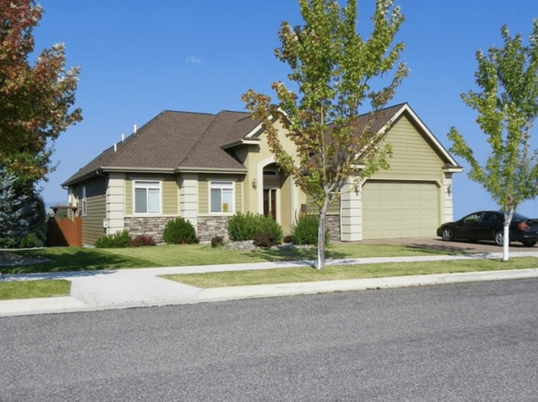 Who Owns the Grass Between the Sidewalk and the Street? - Single Family Home